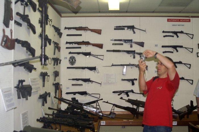weapons-027.jpg