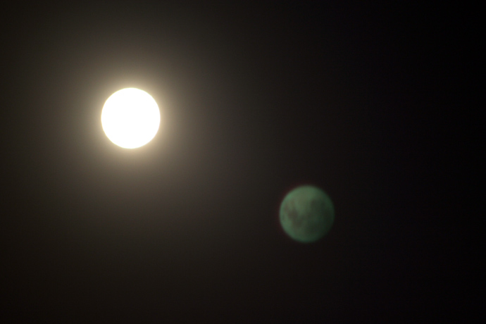 Moonlit night with photo, Corrected thread