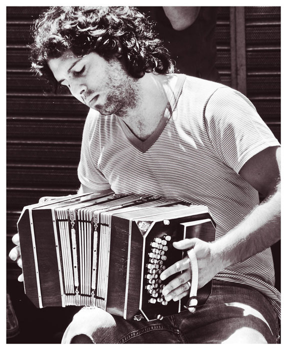 Street musician in Buenos Aires, Argentina