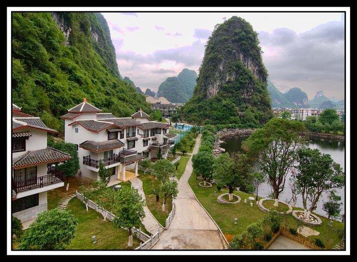 view-rear-hotel..jpg