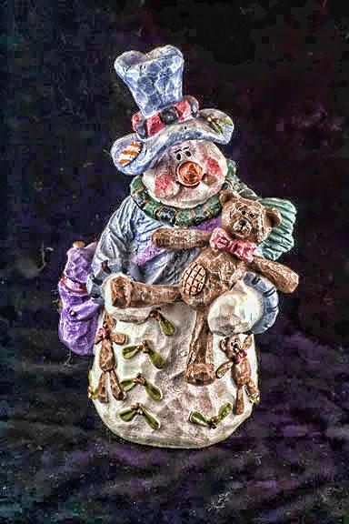 snowman-statue.jpg