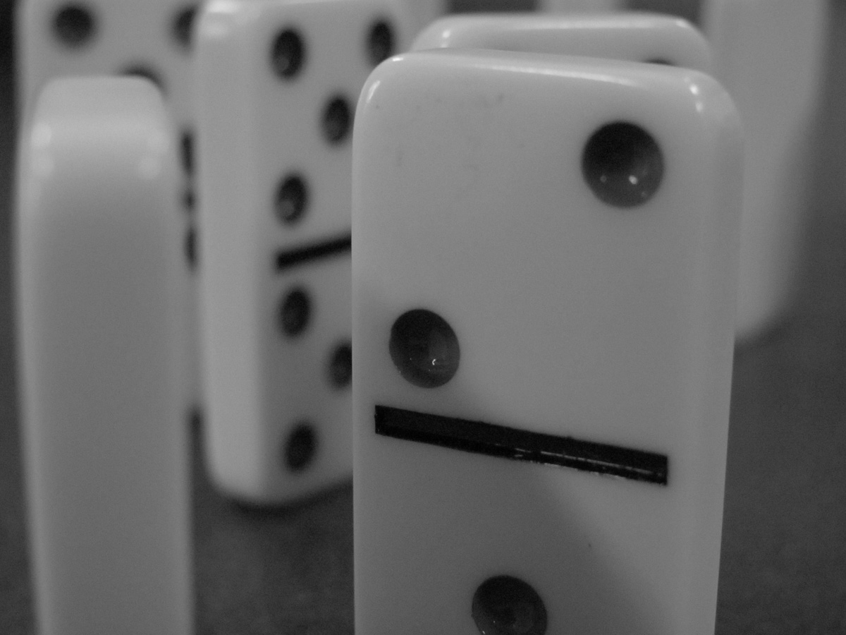 domino-1.jpg