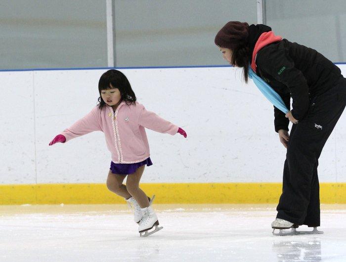 7d-rainbow-skating-138.jpg