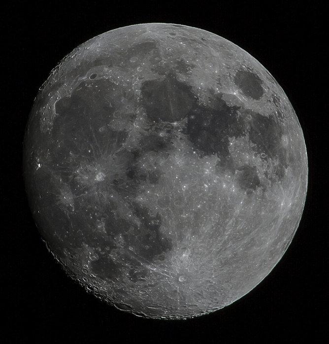 moon-25-dec12_.jpg