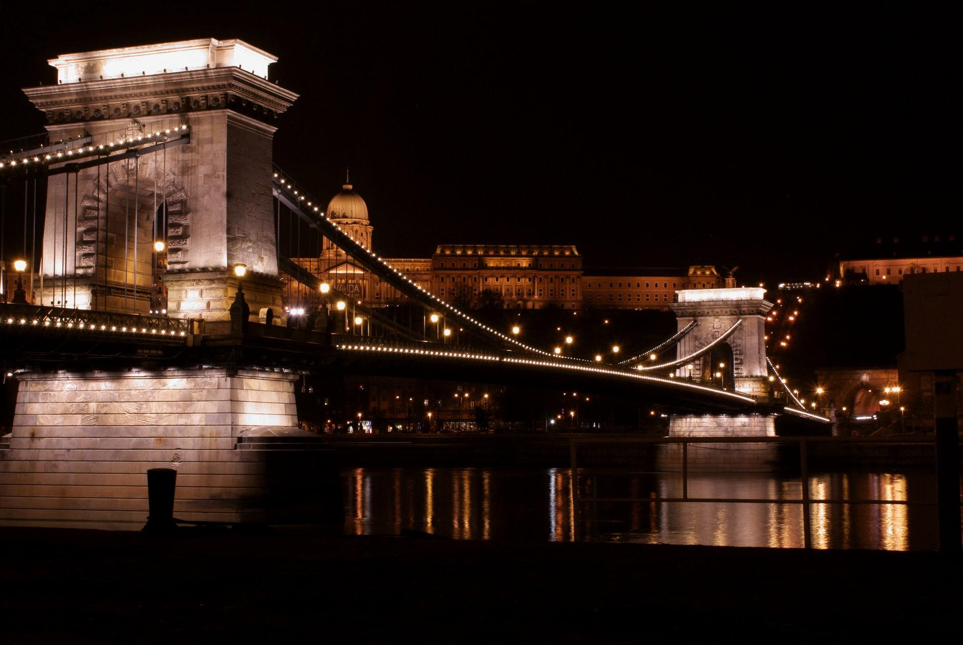 elizabeth-bridge-budapest00001.jpg